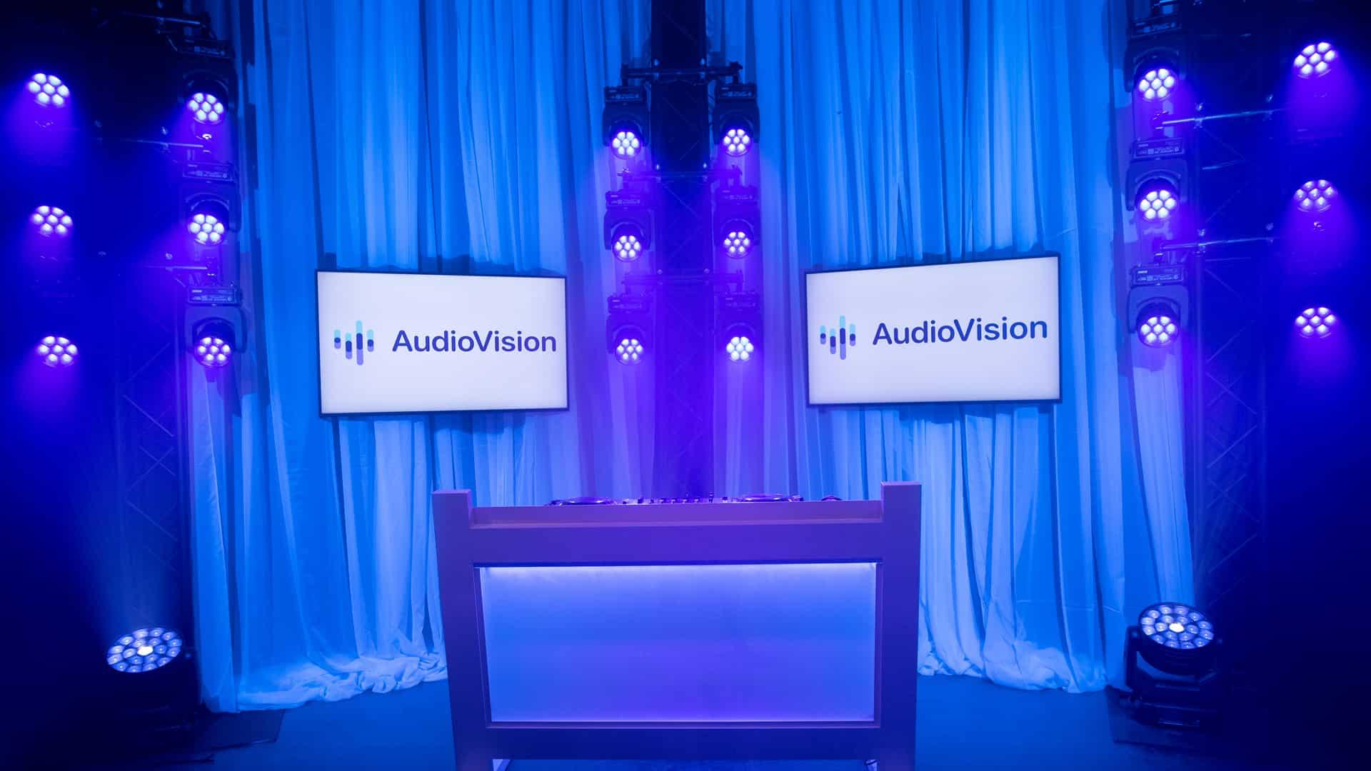 Livestream Studio Entertainment White